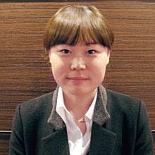 LEE YUJIN